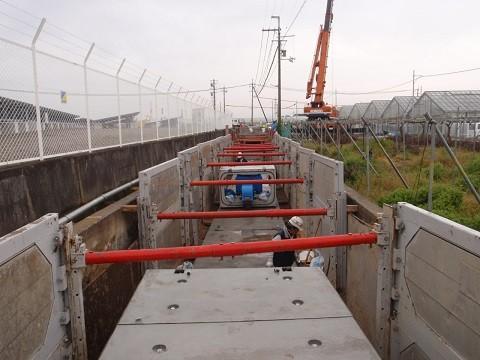 和歌山平野農地防災事業 藤崎井支線水路工事