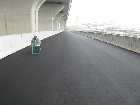 大和御所道路調整池 整備工事
