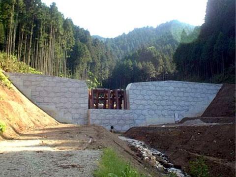 薬師谷川 通常砂防事業工事