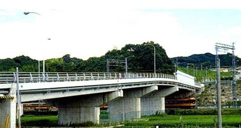 脇本忍阪線立体(橋梁上部・下部)工事